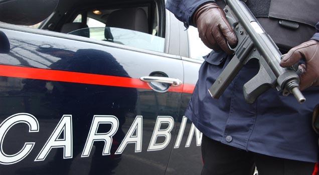 FURTI – Rapina una farmacia con l'auto della madre, arrestato un cermenatese