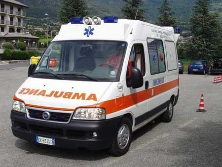 CANTÙ – Spavento per un giovane motociclista in via Mentana