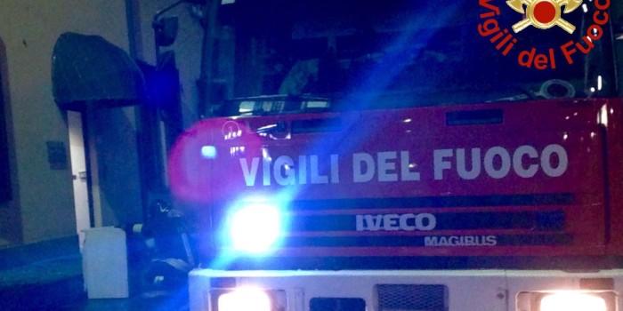 VIGHIZZOLO – Esplosione all'alba, distrutta la cucina ma nessun ferito