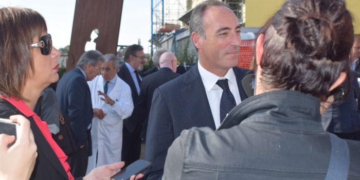"""CANTÙ – Gallera inaugura il centro anti SLA all'ospedale: """"Luogo d'eccellenza"""""""