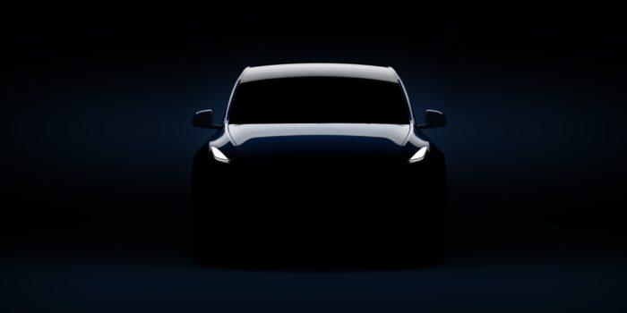"""MOTORI – Presentato il """"piccolo"""" Suv elettrico di Tesla, oltre 500 km di autonomia"""