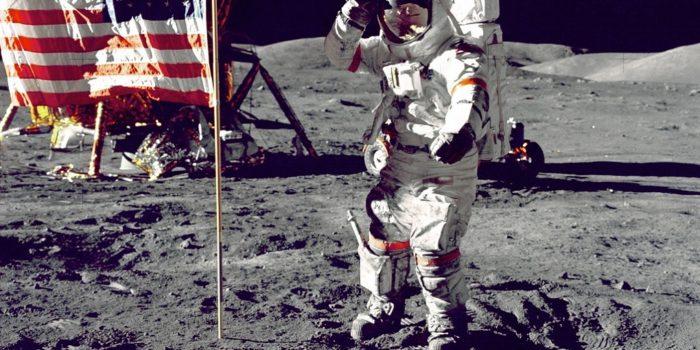 Quando accarezzammo la Luna, cinquant'anni fa. Armstrong uno di noi