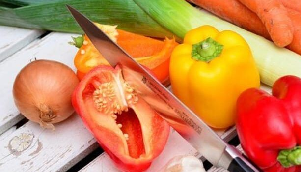 RUBRICA NUTRIZIONISTA – Estate: abbronzatura & alimentazione